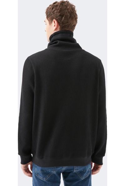 Mavi Erkek Dik Yaka Siyah Tişört 066495-900