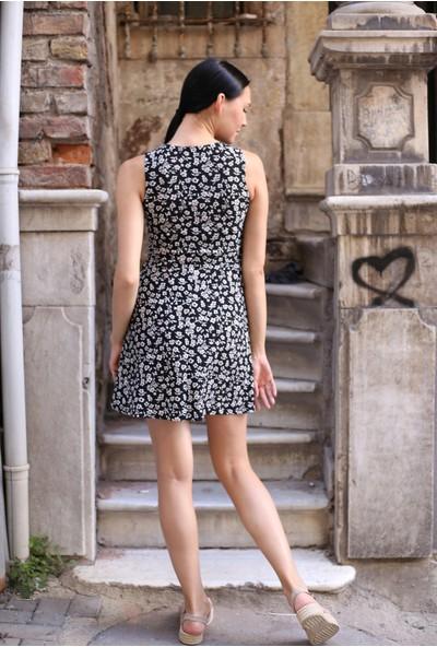 Avver Kadın Siyah Desenli Kısa Elbise