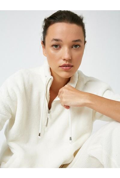 Koton Kadın Pelus Fermuar Detaylı Sweatshirt