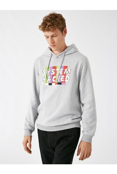 Koton Erkek Kapüşonlu Uzun Kollu Yazılı Baskılı Sweatshirt