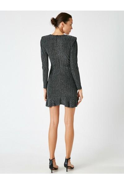 Koton Kadın V Yaka Uzun Kollu Fırfırlı Kısa Elbise