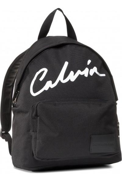 Calvin Klein Kadın Sport Essentials Campus BP35 Kadın Sırt Çantası K60K606591