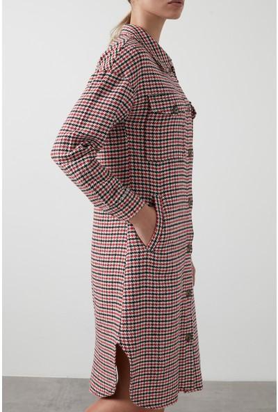 Lela Kaz Ayağı Desenli Düğmeli Uzun Tunik Kadın Tunik 591R30001