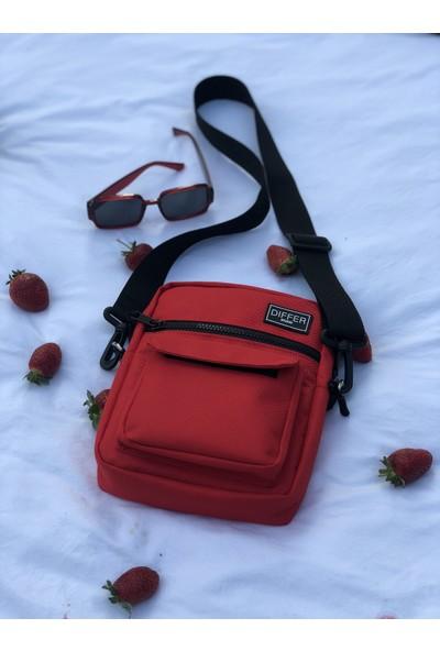 Differ Kırmızı Omuz Çapraz Askılı Çanta