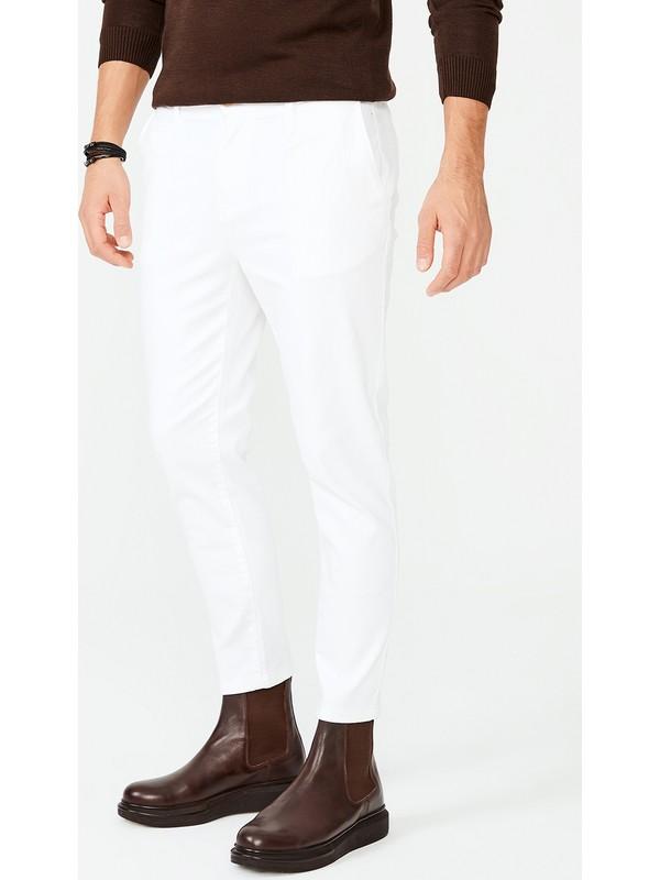 Avva Erkek Beyaz Yandan Cepli Pileli Düz Slim Fit Pantolon A02Y3026