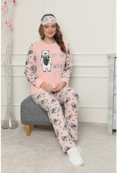 Arcankumaş Nakış Detaylı Göz Bandı ve Çorap Hediyeli Pelüş Pijama Takımı 1157-37