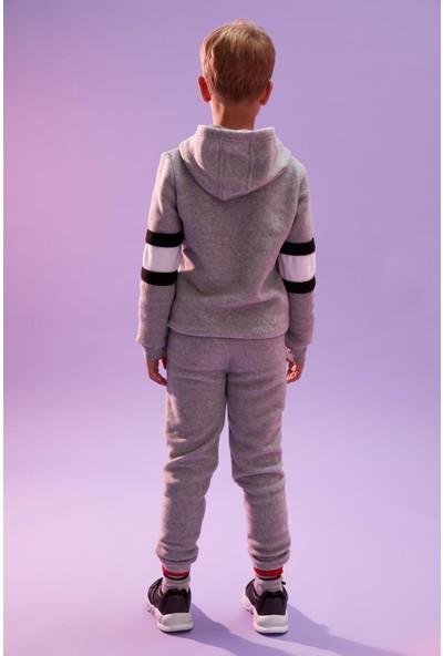 DeFacto Erkek Çocuk Polar Kumaş Jogger Eşofman Altı R7659A620WN