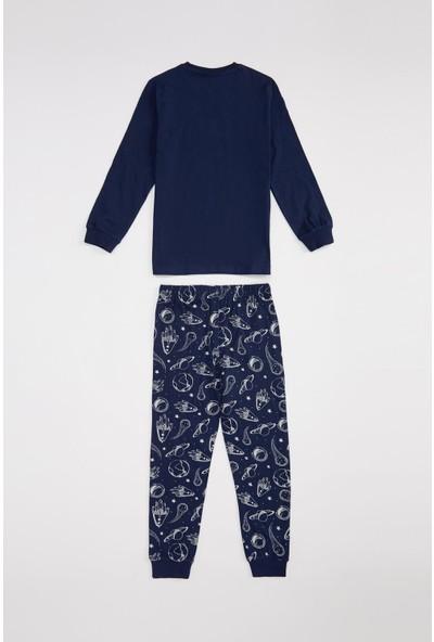 DeFacto Erkek Çocuk Karanlıkta Parlayan Pijama Takımı R9314A620AU