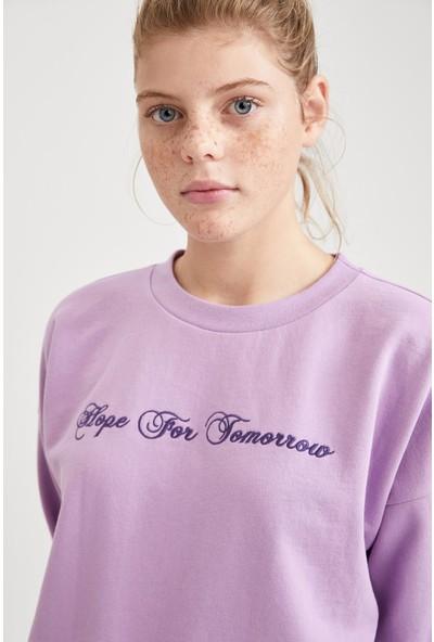 DeFacto Kadın Yazı Baskılı Relax Fit Sweatshirt