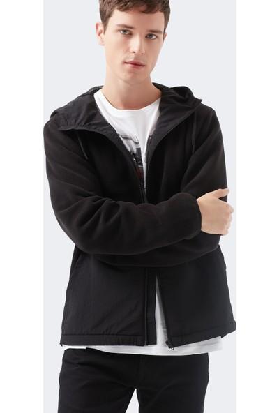 Mavi Erkek Kapüşonlu Siyah Ceket 010394-900