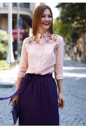 Femme Nakışlı Pudra Gömlek