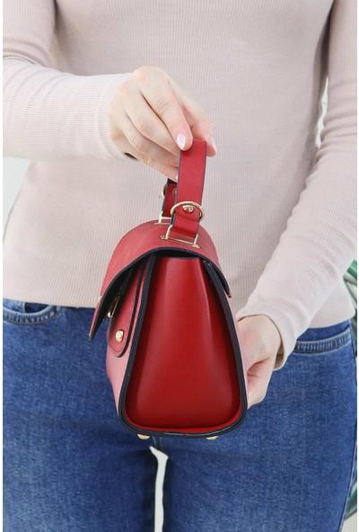 Depoms Kırmızı Kadın Çapraz Askılı El Omuz Çantası Suni Deri 2 Gözlü Bölmeli Kilitli Kapak 5180