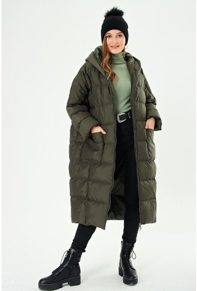 Şimal Kadın Kapüşonlu Uzun Oversize Şişme Mont