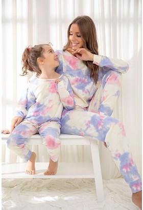 Siyah İnci Pamuklu Likrali Batik Desenli Pijama Takım 20255505