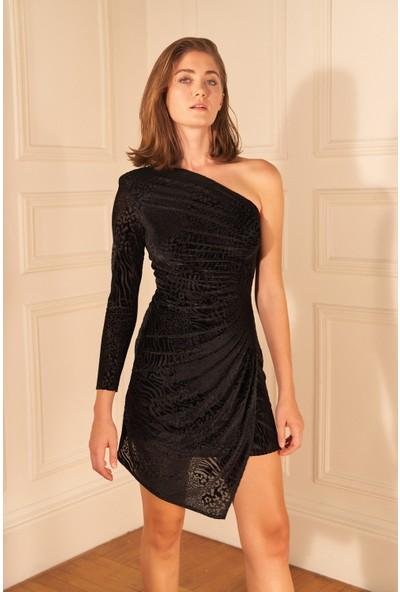 adL Kadın Drapeli Tek Omuzlu Kadife Elbise