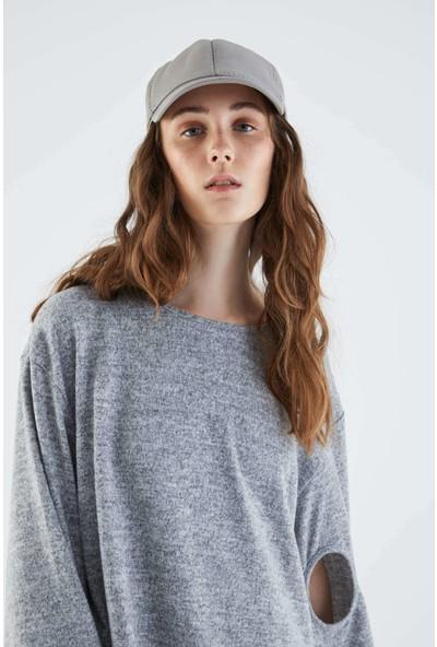 Roman Kolu Detaylı Gri Uzun Sweatshirt-K2154122-434
