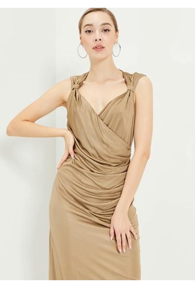 Adze Kadın Bej Kolsuz Fermuzarlı Elbise