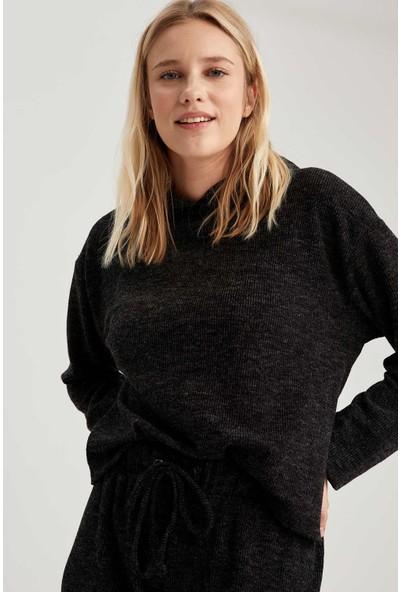 Defacto Kapüşonlu Relax Fit Crop Sweatshirt