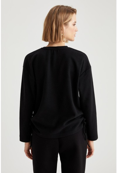 Defacto Kadın Yanları Büzgü Detaylı Relax Fit Sweatshirt