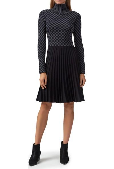 Emporio Armani Kare Desenli Balıkçı Yaka Örme Kadın Elbise 6H2AW2 2M15Z 0999