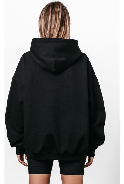 Madmext Mad Girls Siyah Nakışlı Kapüşonlu Sweatshirt MG812