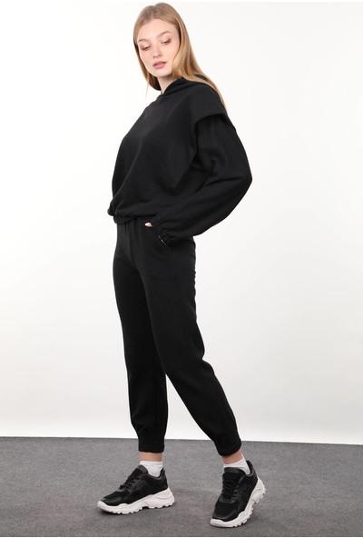 Markapia Woman Siyah Vatkalı Kapüşonlu Kadın Eşofman Takımı