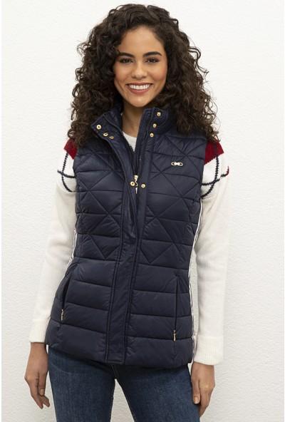 U.S. Polo Assn. Kadın Lacivert Dokuma Yelek 50226094-Vr033