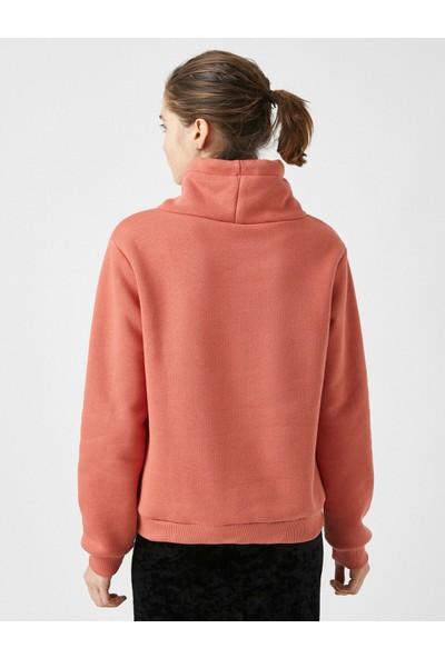 Koton Pamuklu Sal Yaka Baskılı Sweatshirt