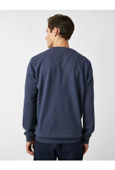 Koton Bisiklet Yaka Basic Sweatshirt