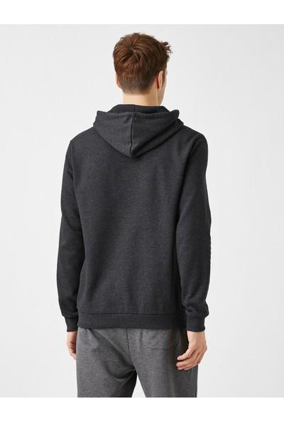 Koton Kapüşonlu Pamuklu Uzun Kollu Basic Sweatshirt