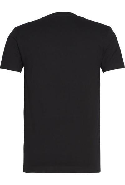Calvin Klein J30J314551.0K4 Erkek T-Shirt