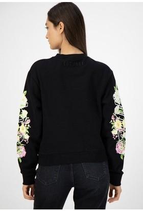 Guess W0BQ68.K68I0.JBLK Kadın Sweatshirt