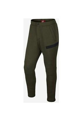 Nike Tech Fleece Slim Trousers In 805218-330