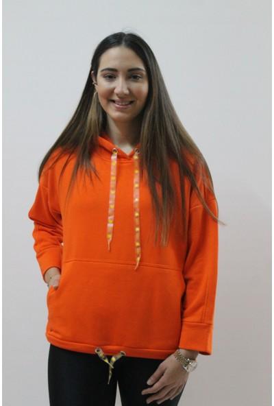 Raınbow Kadın Plastik Kordonlu Kapüşon Detaylı Sweatshirt
