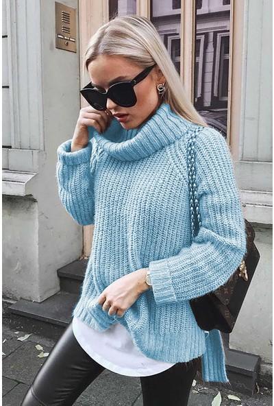 Madmext Mad Girls Mavi Oversize Yırtmaçlı Kadın Kazak MG760