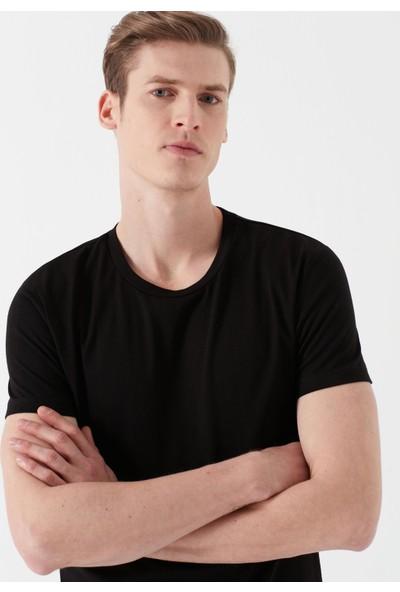 Mavi Erkek Siyah Basic Tişört 061747-900
