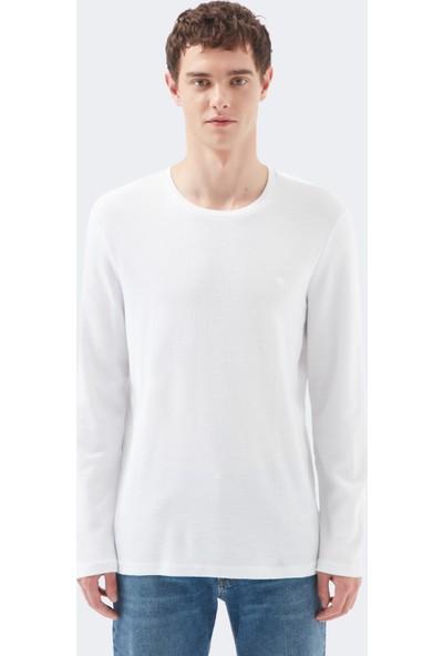Mavi Erkek Uzun Kollu Beyaz Tişört 065755-620