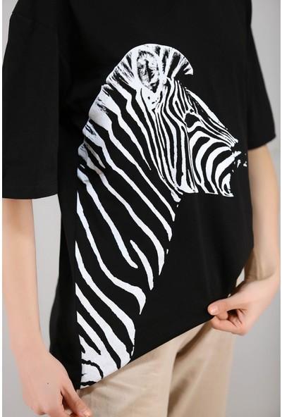 Turna Butik Zebra Baskılı Tişört Siyah - 3643.222.