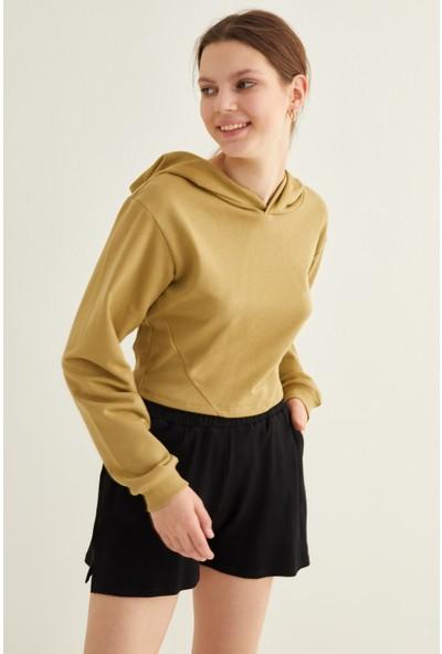 Adl Ribanalı Kapüşonlu Crop Sweatshirt