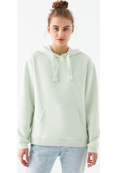 Mavi Kadın Kapüşonlu Yeşil Sweatshirt 167299-34126
