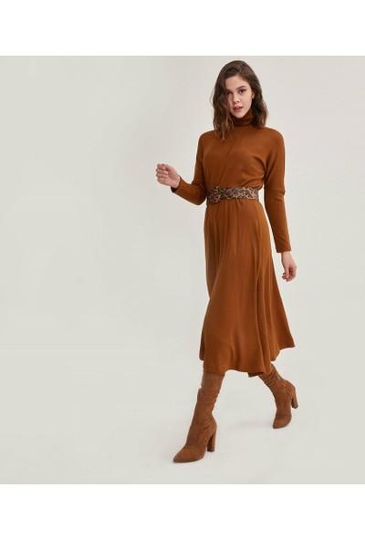 Şamdan Kadın Kahve Kemerli Elbise