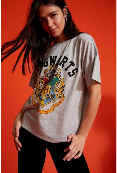 DeFacto Harry Potter Lisanslı Oversize Kısa Kollu T-Shirt