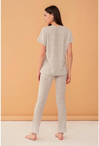 Feyza Kadın Çicek Desenli Jakar Kumaşlı Unicon Baskılı Pijama Takımı 4010-G