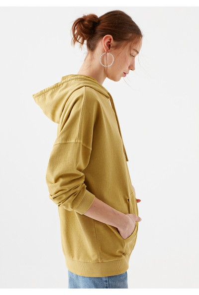 Mavi Kapüşonlu Sarı Sweatshirt