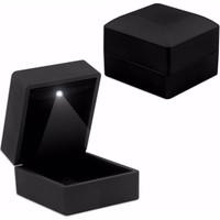 Toptan Hediyeci Siyah Işıklı Yüzük Kutusu