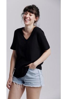 Kuun Basic Boyfrıend Kadın V Yaka Tshirt