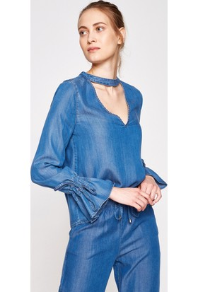 Koton Kadın Yaka Detaylı Bluz Mavi