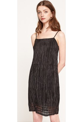 Koton Kadın Dantel Detaylı Elbise Siyah