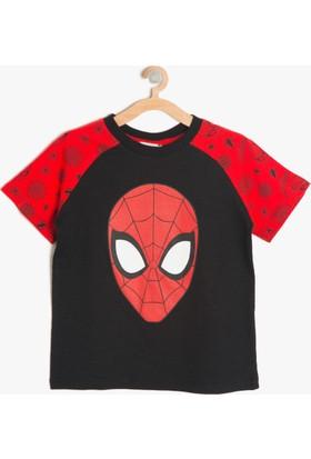 Koton Erkek Çocuk Spiderman Baskılı T-Shirt Siyah