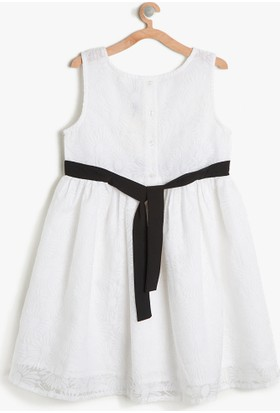 b6b1ff5bd6633 ... Koton Kız Çocuk Rahat Kesim Elbise Beyaz ...